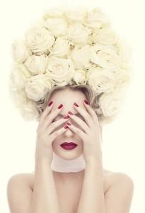 white_roses_klein